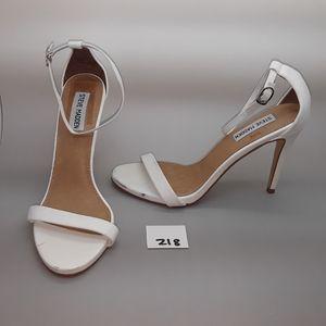 """Steve Madden """"""""Stecy"""" White Leather Sandal 8.5"""
